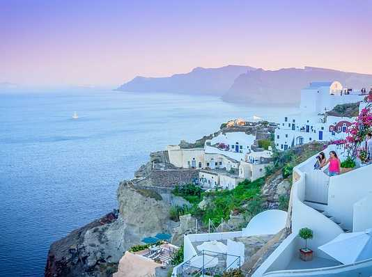 Your guide to visiting Greece, no matter the season