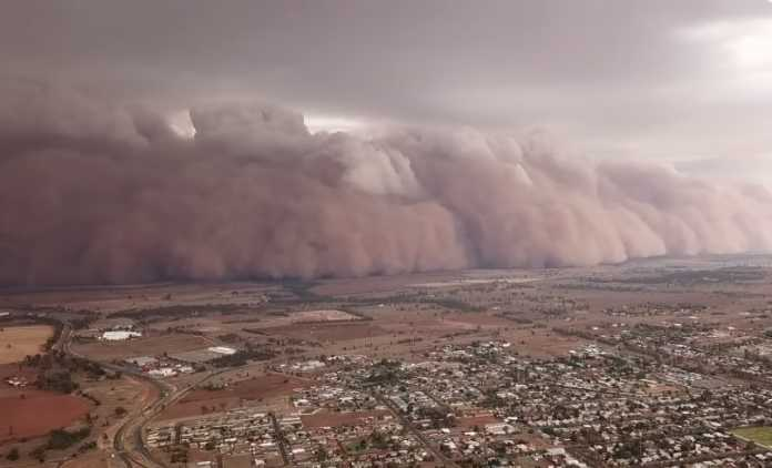 Massive dust storms hit bushfire-battered Australia