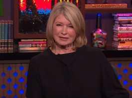 """Did Martha Stewart shade Gwyneth Paltrow over her """"vagina"""" candle?"""
