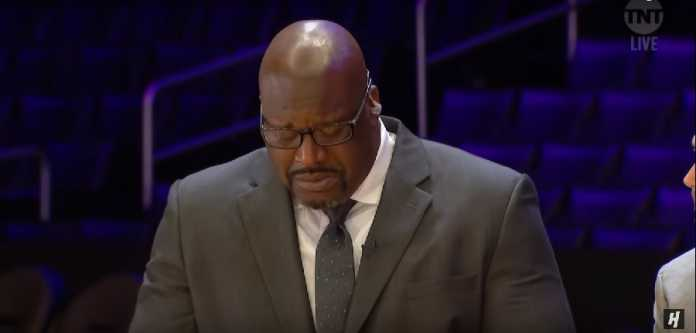 Shaq breaks down in tears about Kobe
