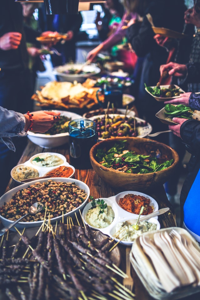 The best team building activities for foodies lunch