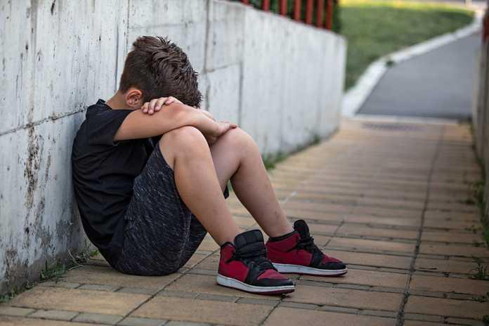 Do child monitoring apps help prevent bullying