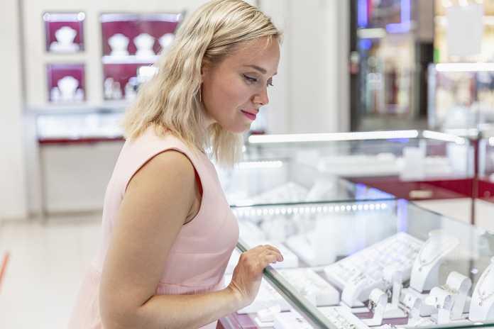 The characteristics of good jewelry shops and their benefits