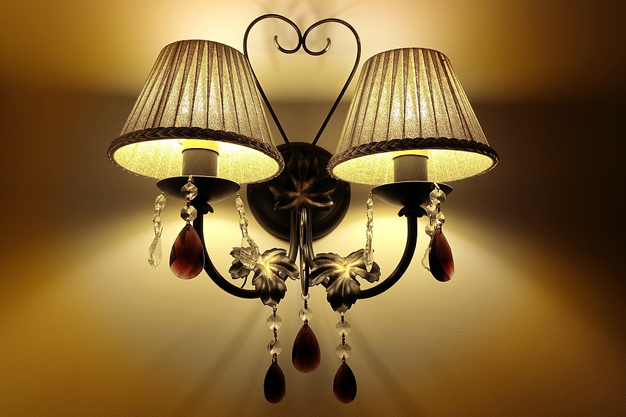 Pendant sconces