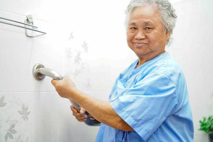 design a bathroom for elderly