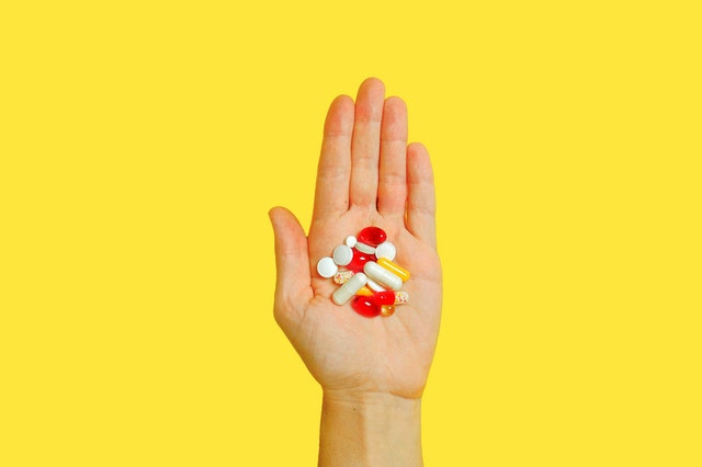 How you can insert yourself into a billion dollar industry by working with private label vitamin manufacturers in Australia