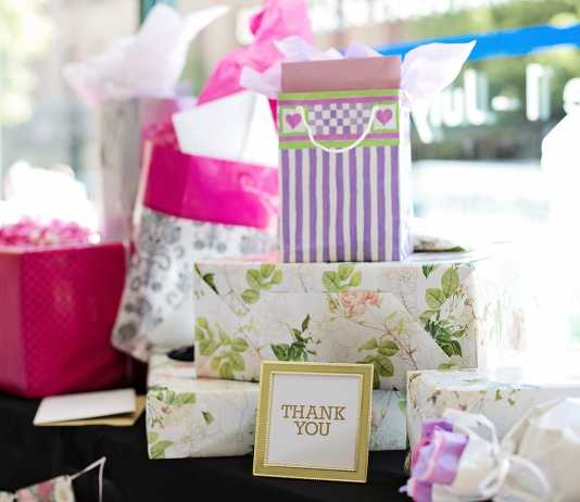creative wedding favour ideas