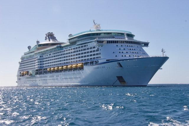 A cruise ship on the ocean in Australia 2022.