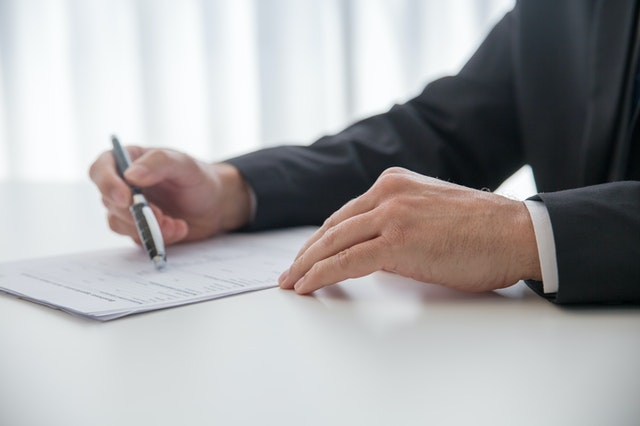 Best divorce lawyers writing