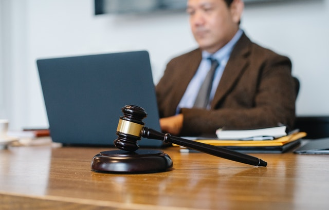 Sydney divorce lawyers at work.