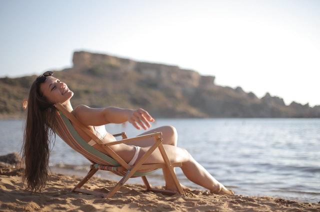 Shopper tips for a new minimal bikini set this summer