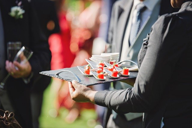 Corporate events choose catering service