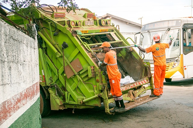 Securing rubbish removal placements