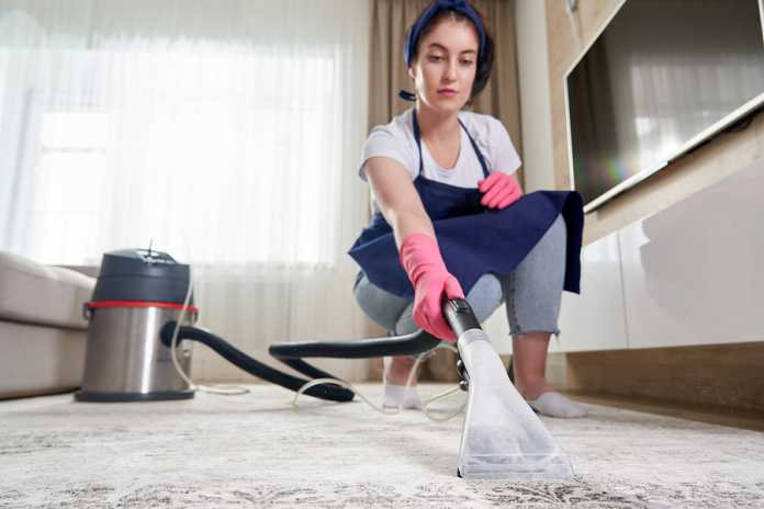 How to clean the carpet